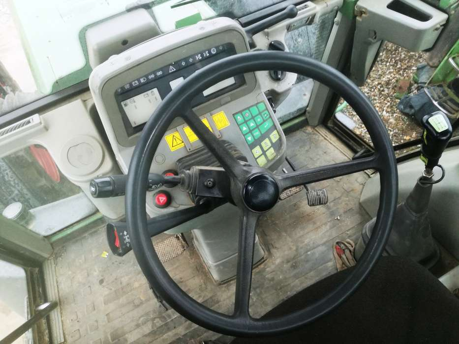 Tractor Fendt Favorit 824 Turboshift - image 10
