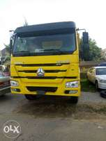 Howo tipper model 371
