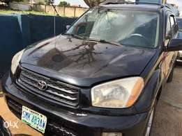 clean Toyota RAV4 Ac chilling buy and used no condition engine ok gear