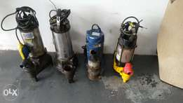 Submersible water pumps x 4