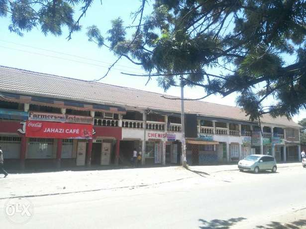 Commercial house for sale in Donholm Donholm - image 3