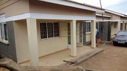 A 2 bedroom house in kireka at 600k