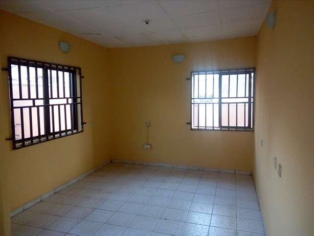 1bedroom flat to let at CBN Qtrs by the end of the street FHA Lugbe Lugbe - image 2