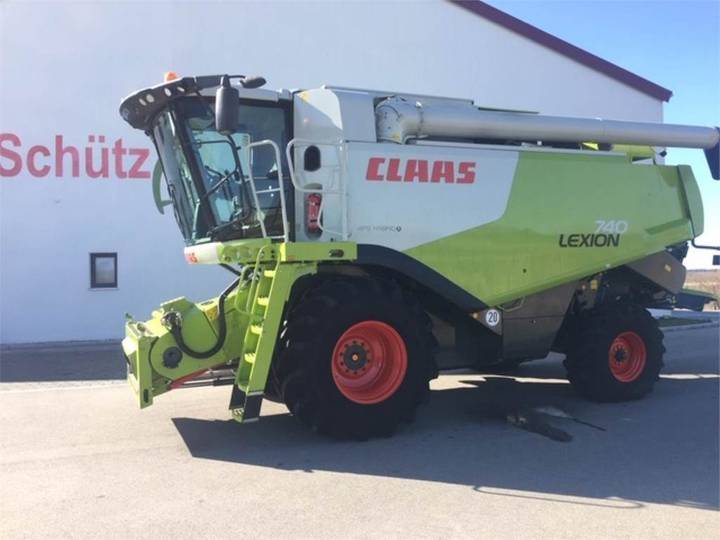Claas Lexion 740 - Aktionspreis - 2011