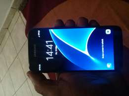Hi. I'm salling s7 only 1 month used still new