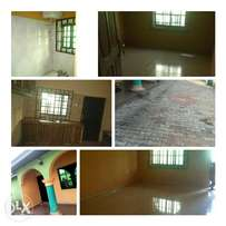 A Neat 3Bedrooms Bungalow in Obinze, along P.h road