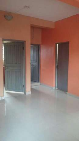 2 bedroom flat upstairs at itire rd by falolu junction, 650k 1y Surulere - image 2
