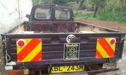 Peugeot 404 pickup in excellent condition