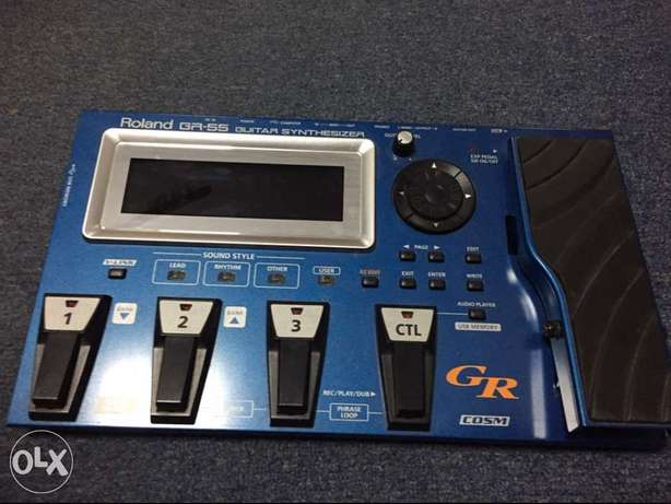 Roland Guitar Synthesizer Pedal GR-55 + Roland GK-3
