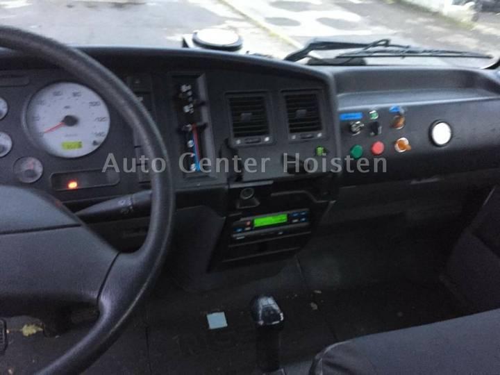 Nissan Atleon - 2002 - image 8