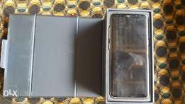 Yankee used samsung galaxy s8 with little crack for sale