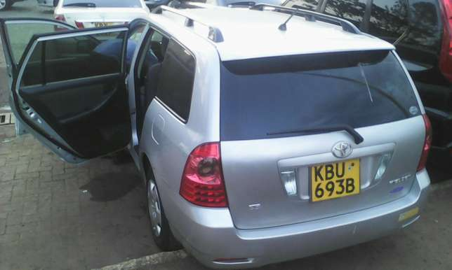 1500 cc Toyota Fielder very clean on quick sell Nairobi CBD - image 2