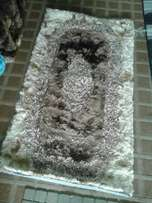 Bedroom rug 3 by 4 size kurkey material