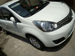 Just arrived New import Flawless Nissan Note pearl white