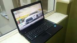 Lenovo laptop very clean R1900
