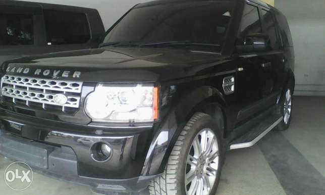 Range Rover Discovery 3.0 cc X UK loaded with triple sunroof Mombasa Island - image 2