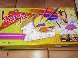 Kaya 3 dimensional dolls house