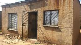 4 room house for sale in Orange Farm