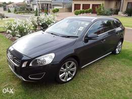Volvo V60 2.0T R-Design Estate Powershift