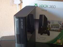 XBOX 360 500GB with two games