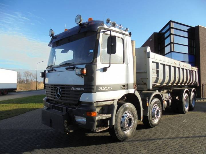 Mercedes-Benz Actros 3235 Tipper / 8x4 / Full Steel / Manual - 1999