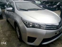 Toyota Corolla 2015 silver in excellent condition