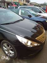 Clean Black Hyundai Sonata 2011 for Sale