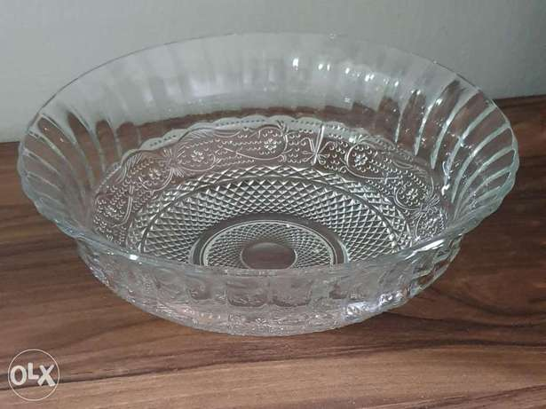 Bowl for jello / taboule... 25$ =38000 lbp (1$=1500) without box