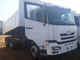10 Cube Tipper Truck 2011 Nissan UD390