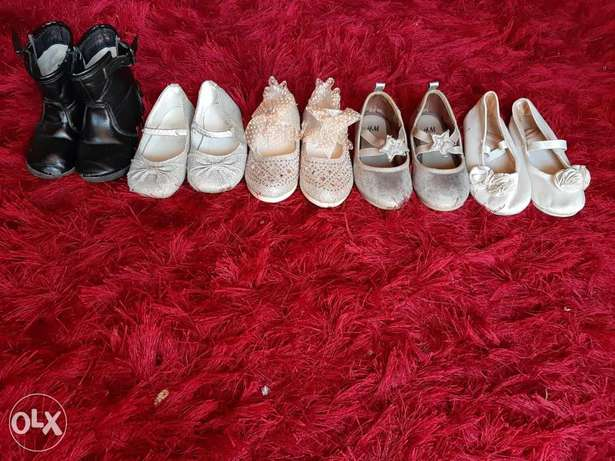 Gilrls shoes all for 200 one for 40 جزم بناتي كلها ٢٠٠الواحدة ٤٠