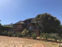 Executive House to rent in Malmesbury
