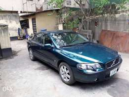 Neatly Used Volvo S60 2001 Green For Sale