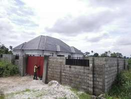 4bedroom bungalow on 2plot fenced with gate