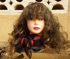 Blonde tips curly wig