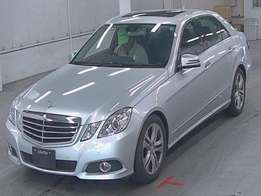 Mercedes Benz E300-V6, Leather, Sunroof, For Sale 3,500,000 o.n.o