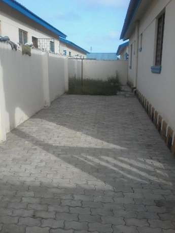 Majestic 3 bedroom Own compound House FOR SALE Kiembeni Mombasa Island - image 1