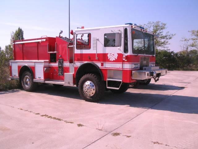 KME P24 4x4 Brush-Structual Firefighting Truck - 1991