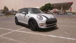 2015 MINI Cooper Auto Low kilos. STUNNING
