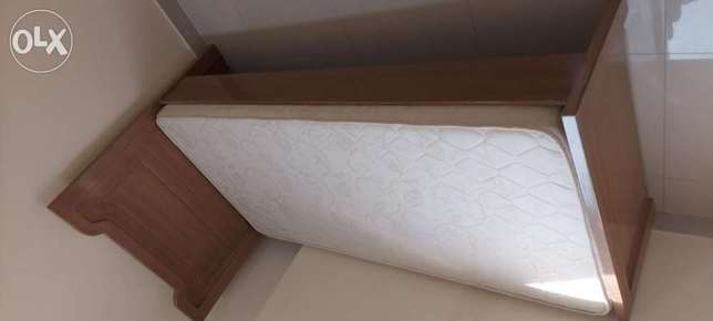Excellent condition single bed with mattress for sale