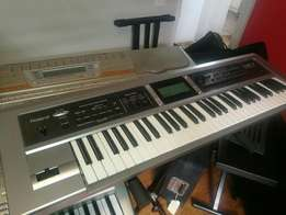 Roland Gw7 work station Keyboard