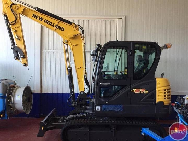 New Holland E57C - 2018