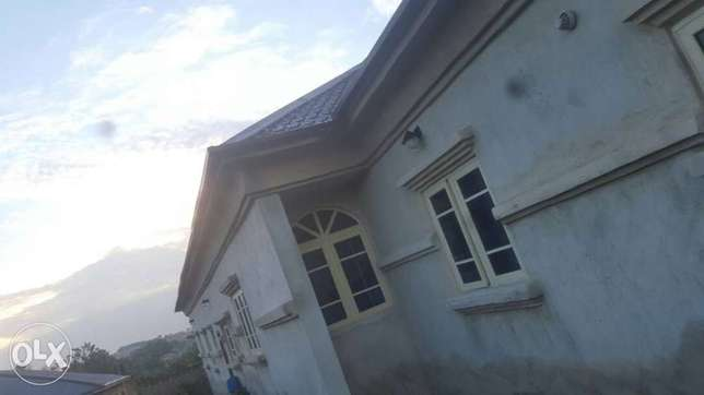 Tastefully 4 bedrooms bungalow for sale at agara,off akala express Ibadan South West - image 1
