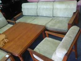 Lounge suite green for sale