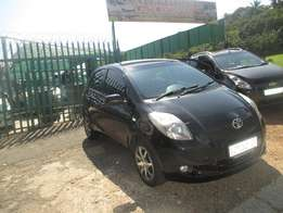2007 toyota yaris t3 black hatch for sale