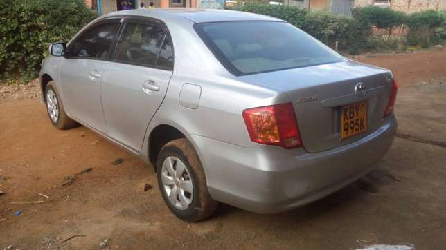 Toyota axio 2007 model, silver colour, accident free, low mileage Sagana - image 2