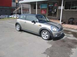 Lady Owned !!! 2009 Mini Cooper