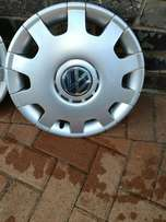 polo 14inch original wheel caps R550
