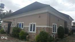 Beautiful 4 Bedroom Bungalow 4 Sale in Close to Shell Oginigba Layouts