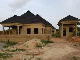 Uncompleted bungalow with Bq for sale