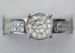 Sale!Solid S925 Silver Ring With Cubic Zirconia Stones size 7